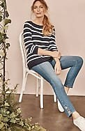 authentic fit buttoned-hem ankle jeans