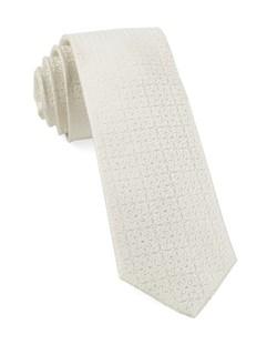 Opulent Ivory Tie