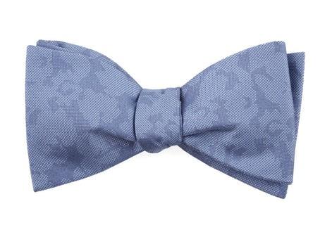Refinado Floral Periwinkle Bow Tie
