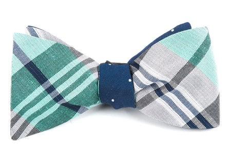 Crystal Wave Bulletin Mint Bow Tie