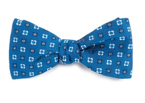 Steady Bloom Serene Blue Bow Tie