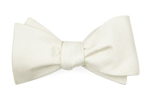 Grosgrain Solid Ivory Bow Tie