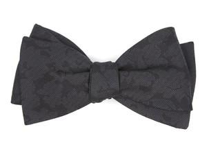 Refinado Floral Black Bow Tie