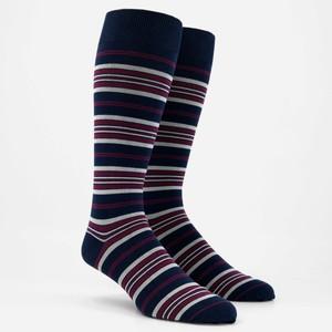 Variegated Stripe Burgundy Dress Socks