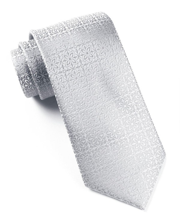 Opulent Silver Tie