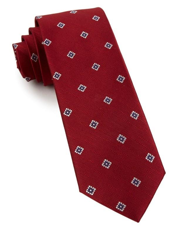 Medallion Flare Burgundy Tie
