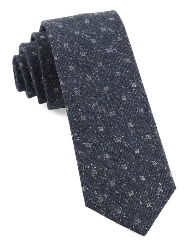 Medallion Ridges Navy Tie