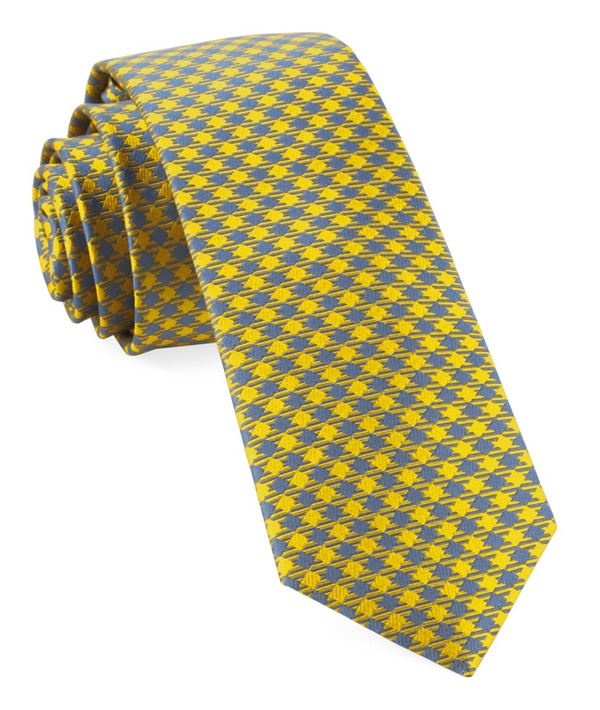 Commix Checks Yellow Tie