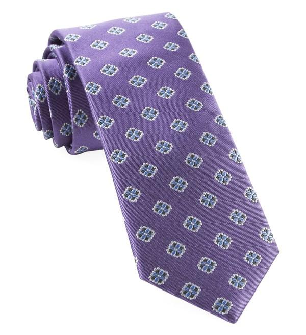 Hep Medallion Lavender Tie