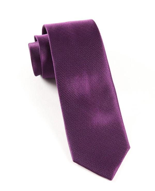 Static Solid Plum Tie