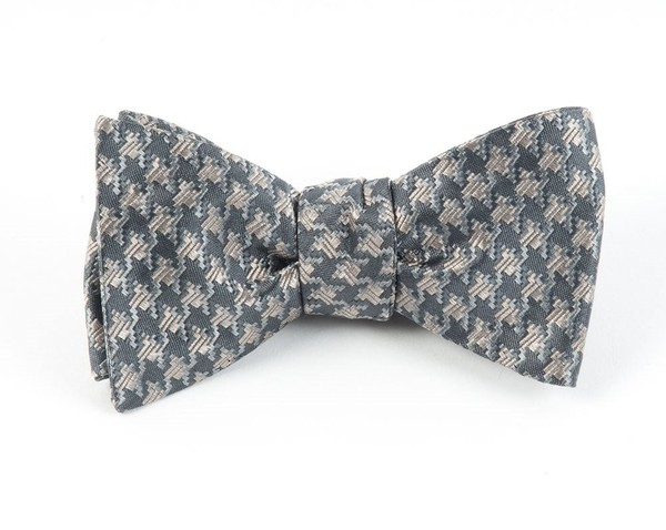 Holiday Houndstooth By Dwyane Wade Silver Bow Tie