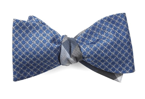 Network Pitch Light Blue Bow Tie