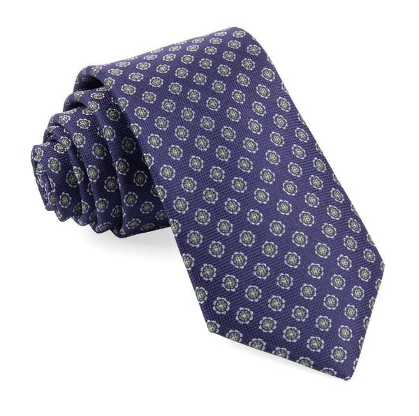 Medallion Cruise Eggplant Tie
