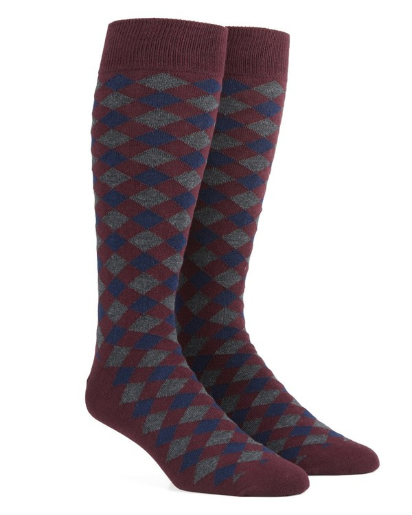 Textured Diamonds Burgundy Dress Socks
