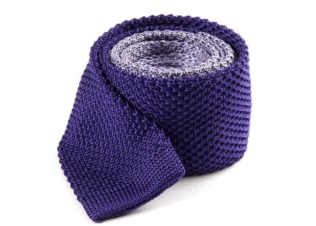 Color Blocked Knit Lilac Tie