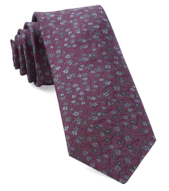 Free Fall Floral Mauve Tie