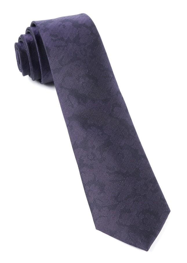 Refinado Floral Eggplant Tie
