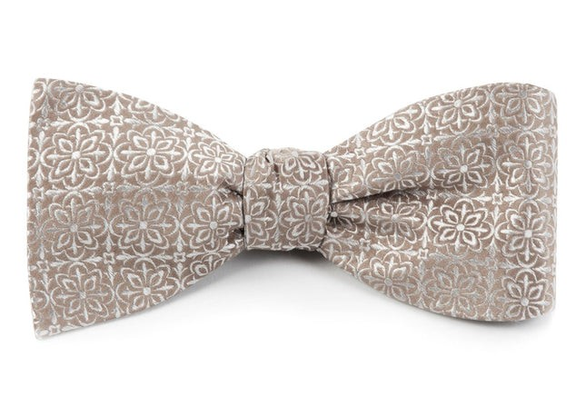 Opulent Champagne Bow Tie