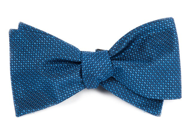 Sideline Solid Navy Bow Tie