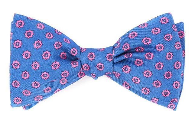 Major Star Serene Blue Bow Tie