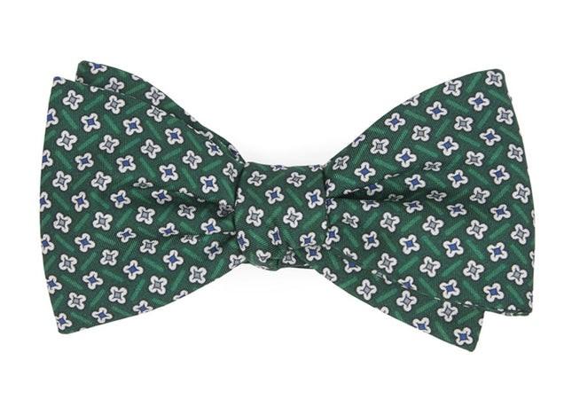 Spinner Hunter Green Bow Tie