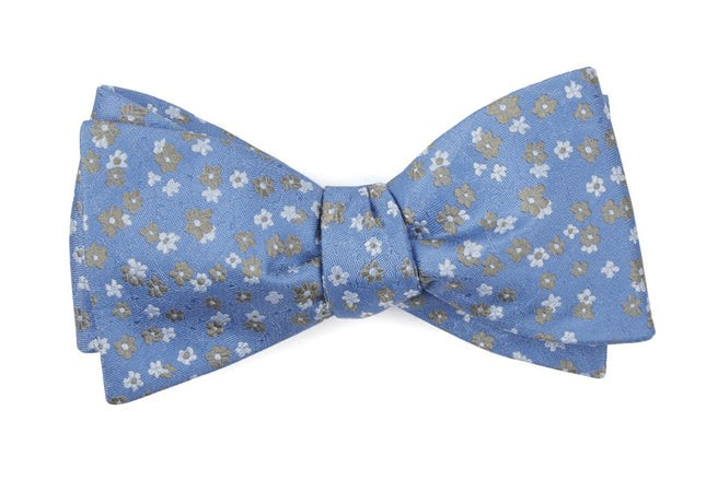 Free Fall Floral Light Blue Bow Tie