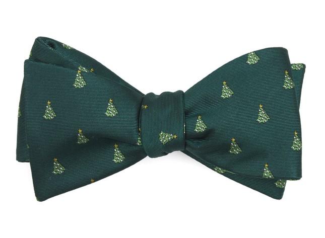 O Christmas Tree Hunter Green Bow Tie