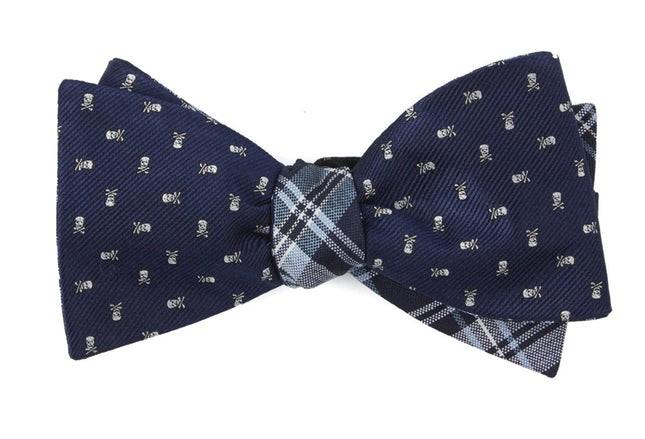 Mini Skull And Plaid Navy Bow Tie