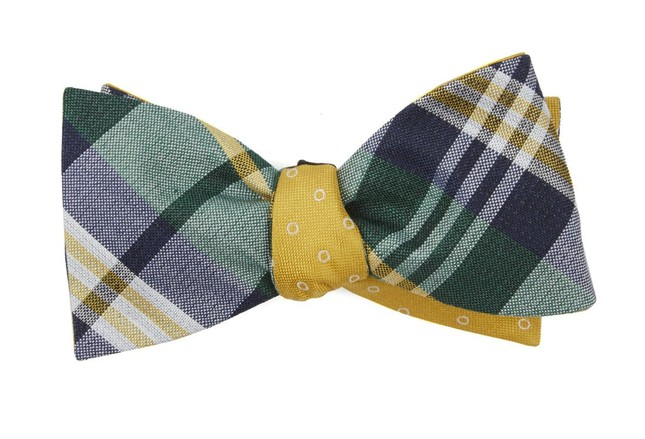 Crystal Wave Round Hunter Green Bow Tie