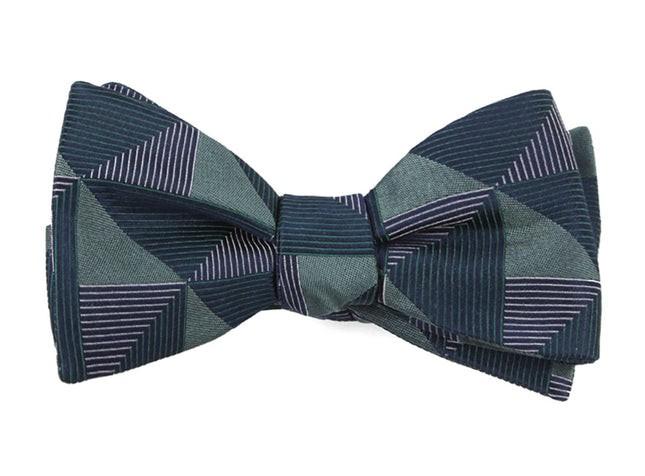 The Fonda Hunter Green Bow Tie