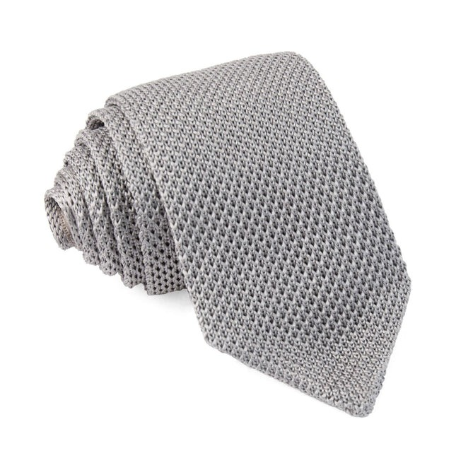 Pointed Tip Knit Silver Tie