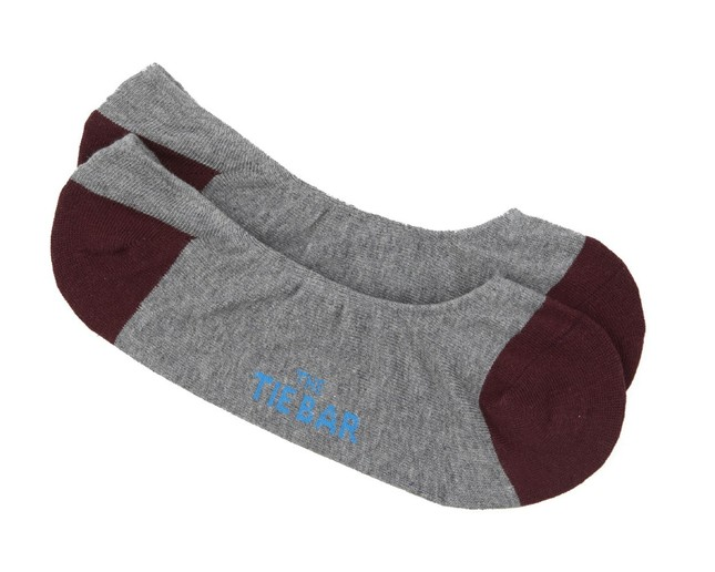 Accent Solid No-Show Burgundy Dress Socks
