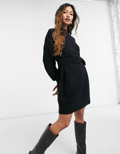 & knitted belted dress in black