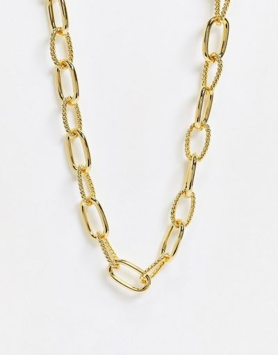 & chunky link necklace in gold