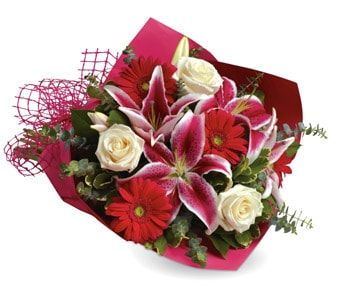 Stolen Kisses for flower delivery australia wide