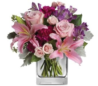 Elegant Mum for flower delivery new zealand wide