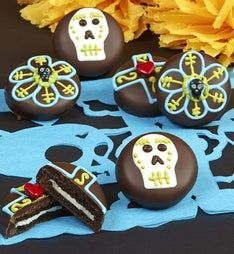 Day of the Dead Chocolate Covered Oreos