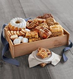 Harry  David Signature Bakery Basket
