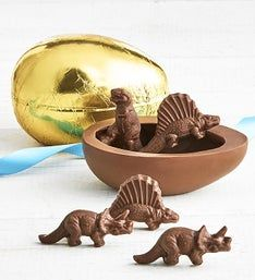 Art CoCo Foil Wrapped Chocolate Egg with Dinosaurs