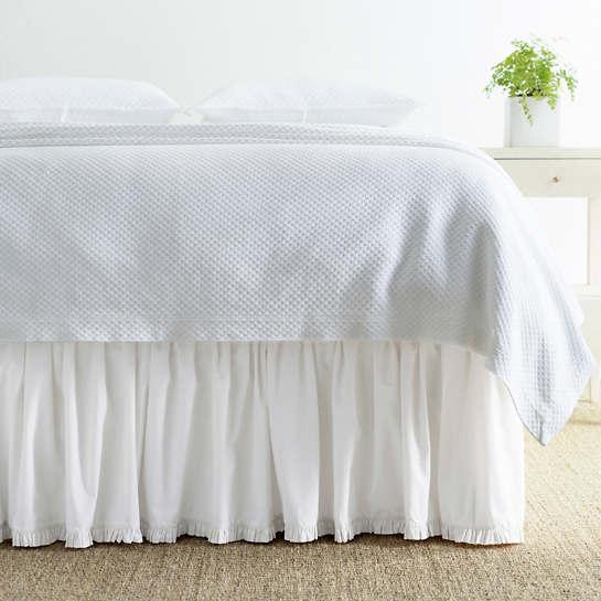 Clic Ruffle White Bed Skirt Pine