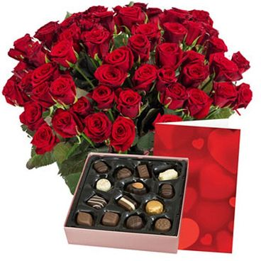 Red roses + chocolate and card